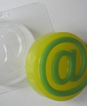 Пластиковая форма для шоколада Собачка