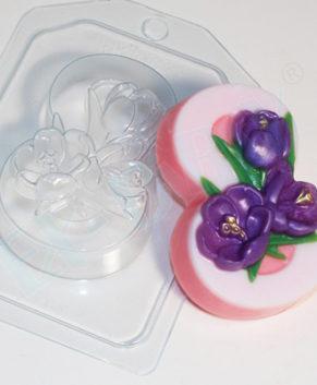 Пластиковая форма для шоколада 8 Марта Крокусы по диагонали